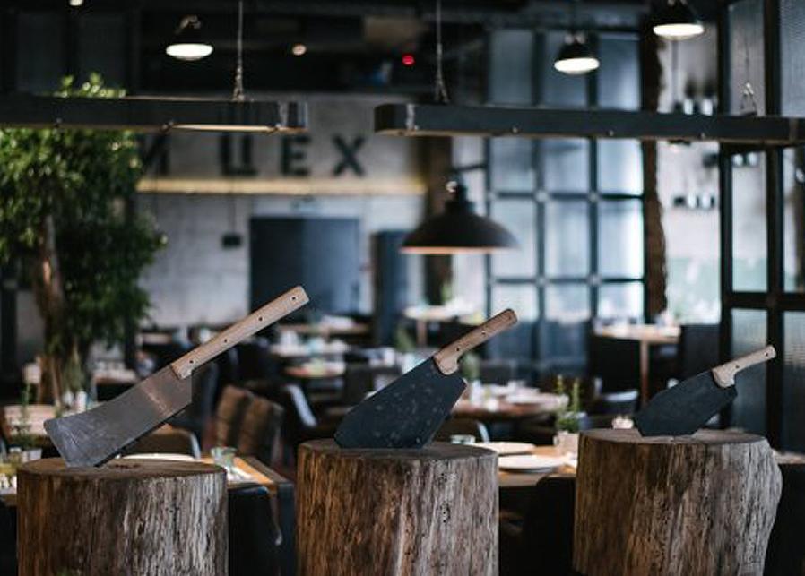 Ресторан Колбасный цех в аэропорту Шереметьево. Терминал E